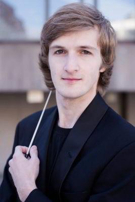 La 22 de ani, dirijor la Orchestra Simfonică dinQuébec