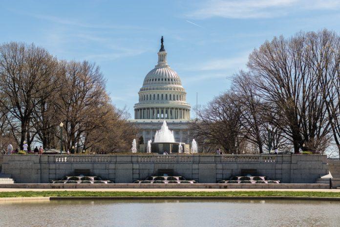 Us Capitol Building Washington Dc  - MarkThomas / Pixabay