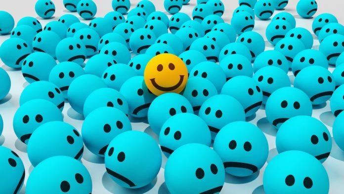 Smiley Emoji Emote Symbol Emoticon  - CreativeMagic / Pixabay